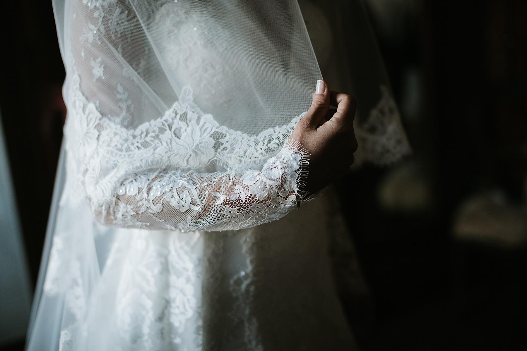 Matrimonio romantico nel chianti preparazione sposa