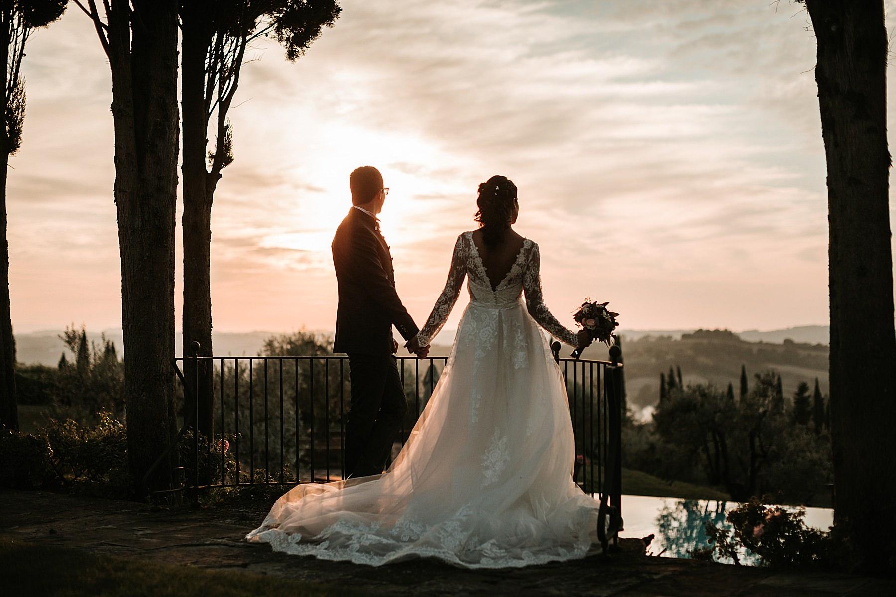 Matrimonio Antica Fattoria di Paterno foto artistica tramonto