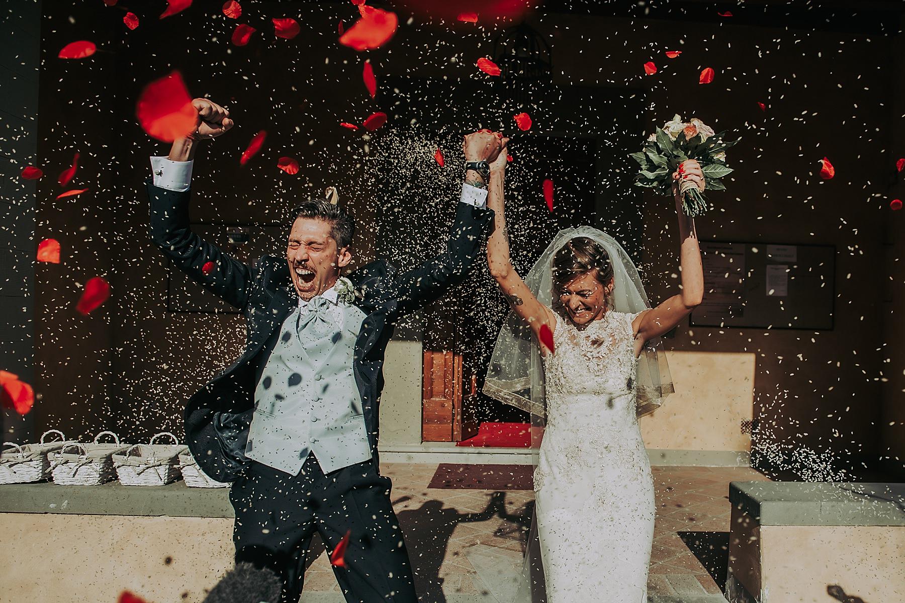 Matrimonio nella Chiesa Cappuccini di San Carlo Scarperia uscita sposi