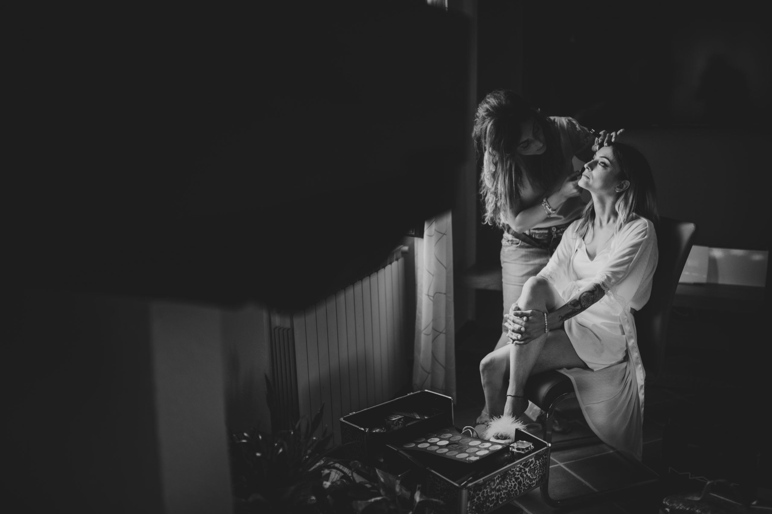 Foto sposa in preparazione e makeup