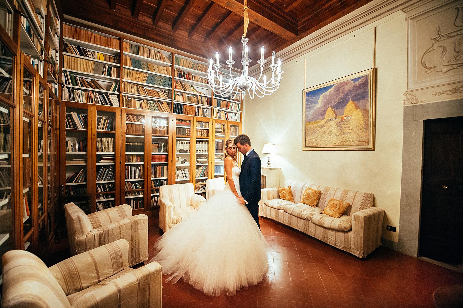 Matrimonio a Villa di Bivigliano con due romantici sposi